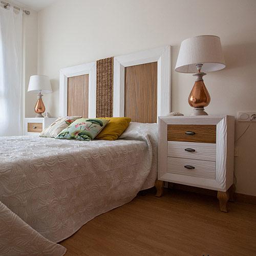 Interiorismo en dormitorio con muebles